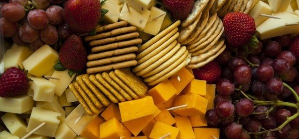 cheese fruit crackers