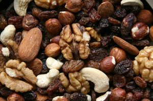 nuts fruit mix